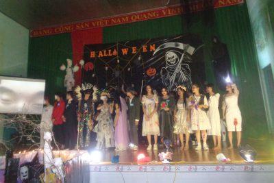 Tổ Anh văn tổ chức đêm Halloween